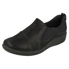 Clarks cloud steppers