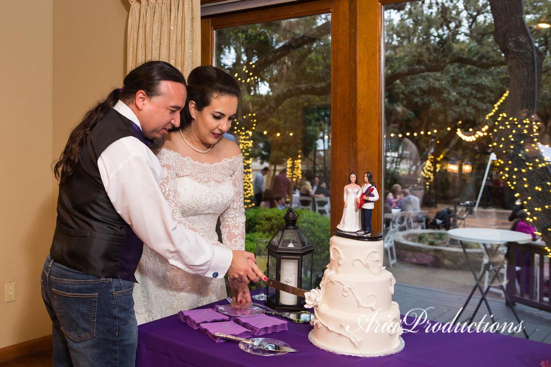 Aria Productions   Enchanting Wedding at Gardens at Old Town Helotes