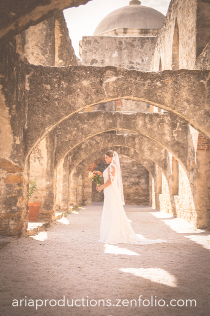 Wedding Photography In San Jose: San Antonio Wedding Photography: Hill